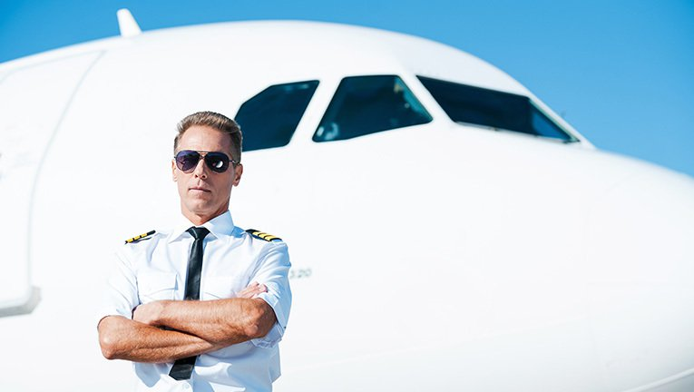 best way to become a commercial pilot in usa